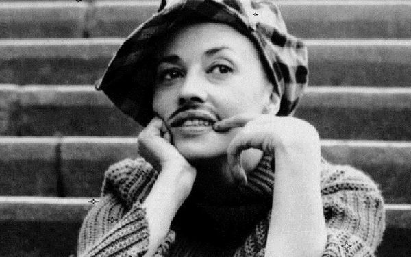 Jeanne Moreau in one of her most celebrated roles in François Truffaut's Jules Et Jim